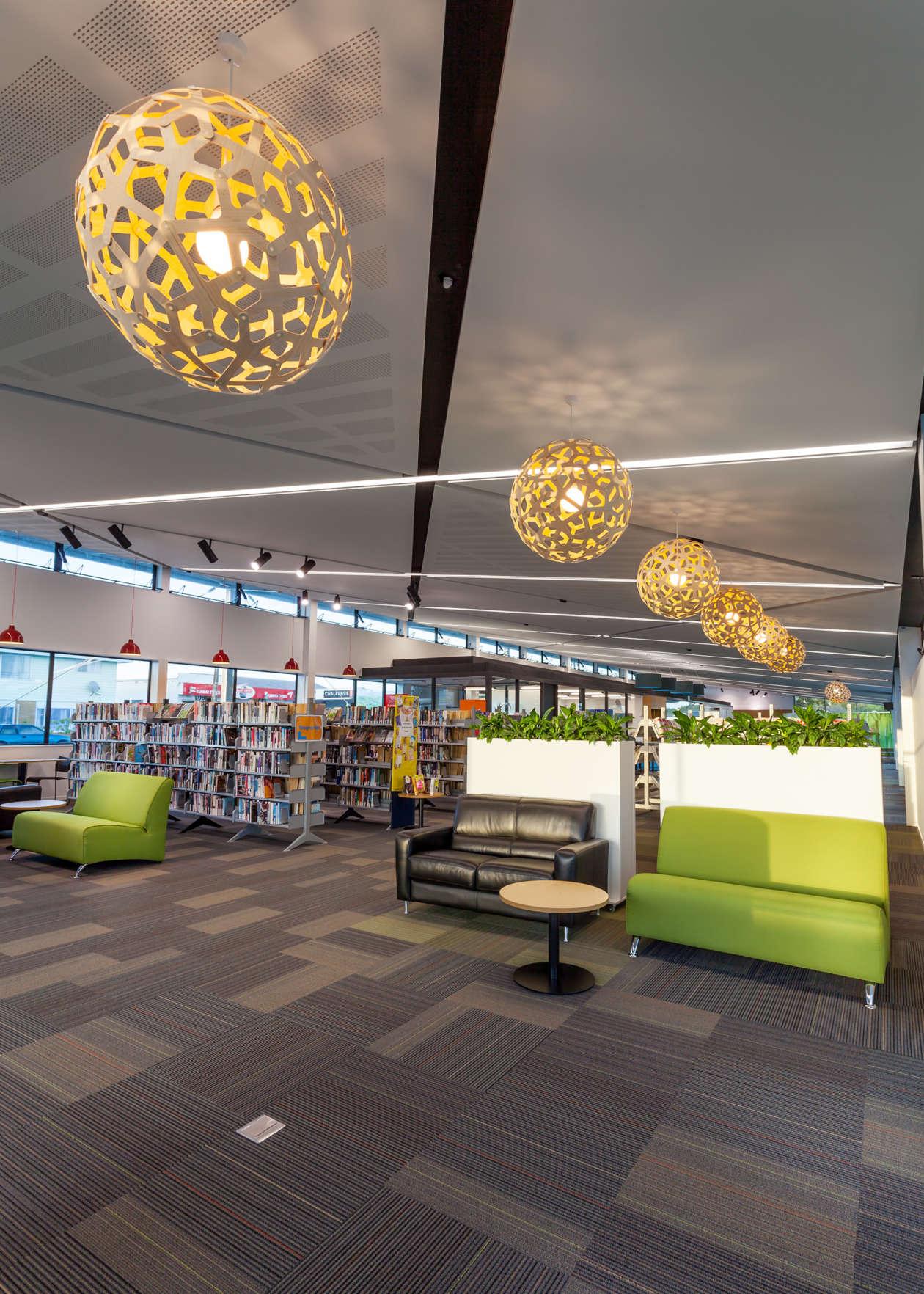Lincoln Library23 04 2015 O