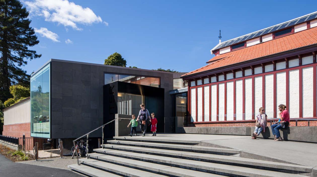 Suter Gallery 5